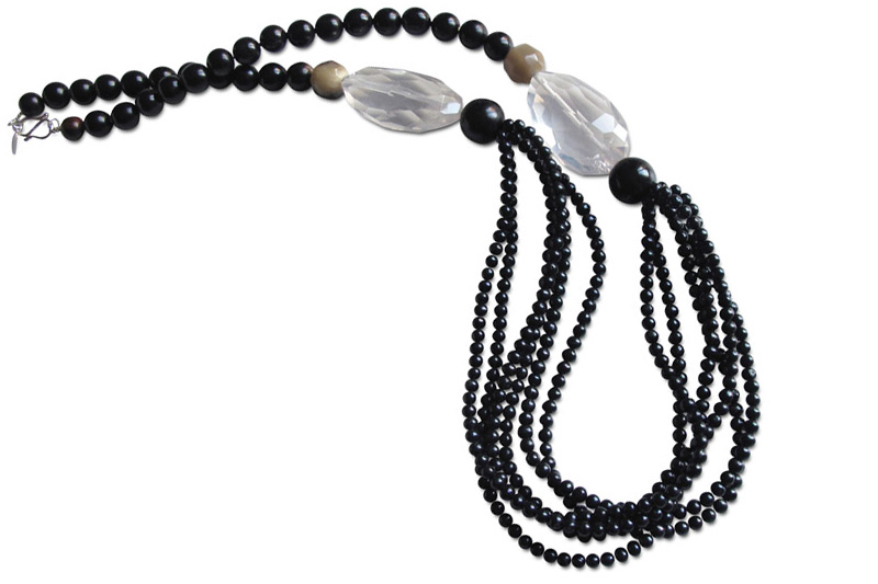 black horn,pearls&cristal